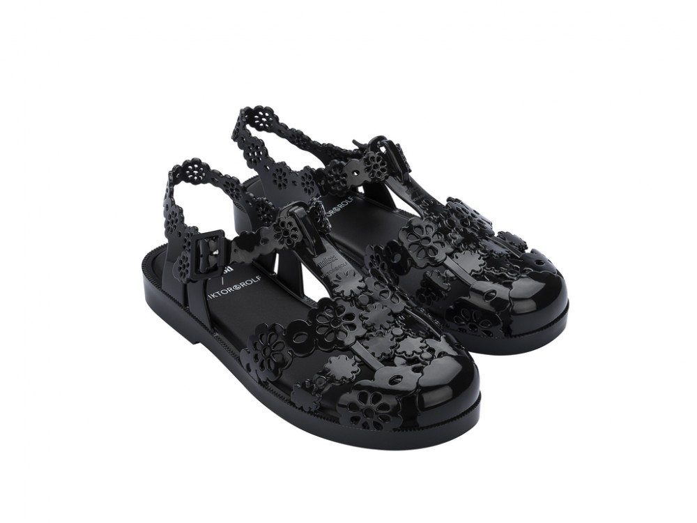 Possession Lace + Viktor And Rolf -